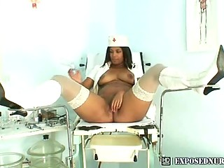 Deadly nurse Manuela restraints say no to open pussy relative to a mirror
